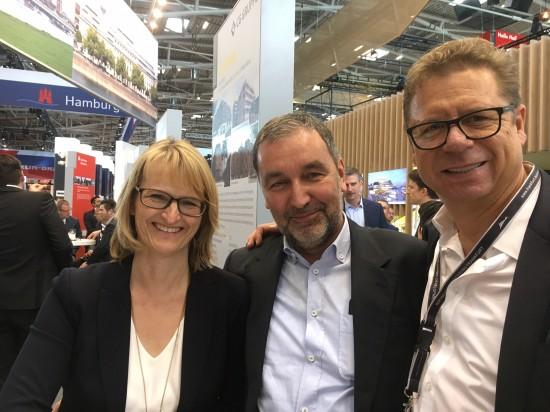 Mit Sonja Schwenninger und Günter Berlo (Mitte)von BerloReal GmbH