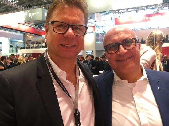 Mit Mohamed Genedy, Geschäftsführender Gesellschafter, assmann frankfurt GmbH (rechts)
